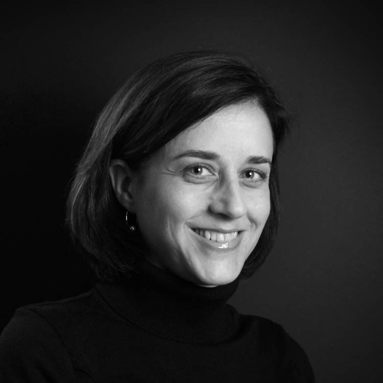Shanon Wolfe, chef de projet, rédactrice Anglais, agence de communication Paris