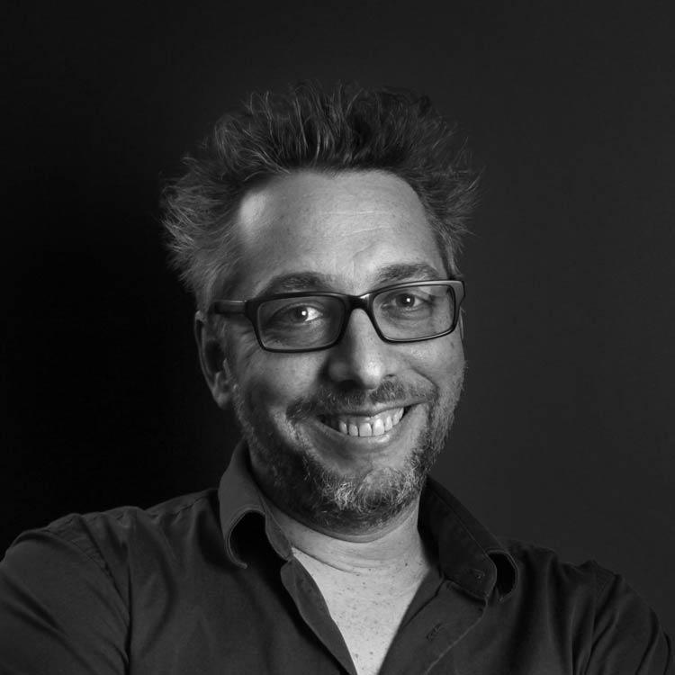 Yann Lejuste, directeur artistique, concept créatif, agence de communication Paris